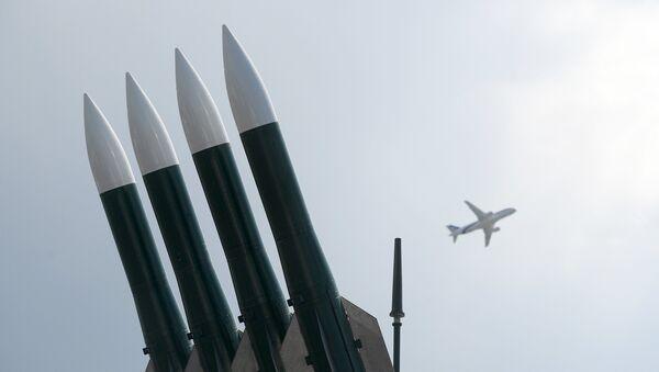 Sistema de misiles antiaéreos Buk - Sputnik Mundo