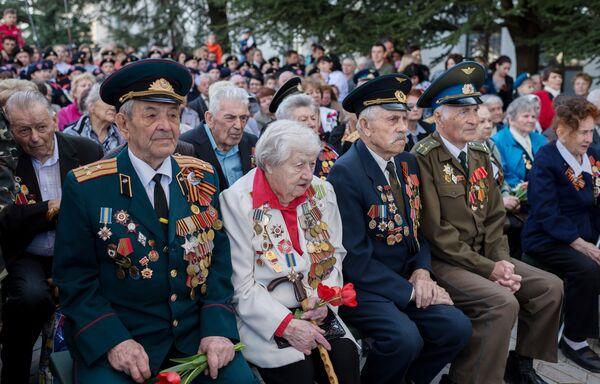 El Tren de la Victoria: Crimea celebra su liberación de los invasores nazis - Sputnik Mundo