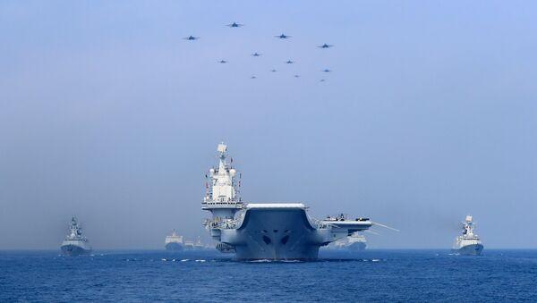 Un grupo naval chino en el mar del Sur de China - Sputnik Mundo