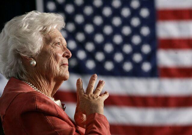 Barbara Bush, esposa del 41º presidente de EEUU, George Bush (archivo)