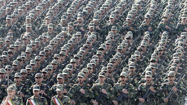 Desfile militar en Irán (archivo) - Sputnik Mundo