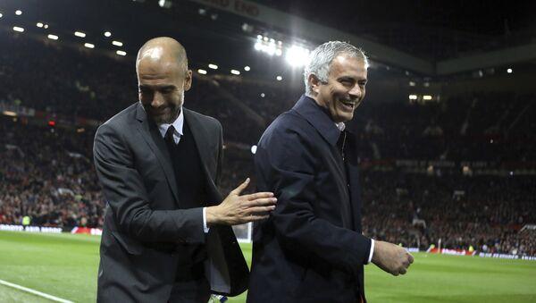 Josep Guardiola y José Mourinho (Archivo) - Sputnik Mundo
