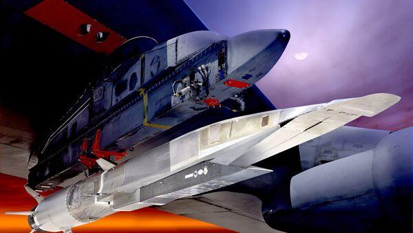 Modelo del arma hipersónica Boeing X-51A Wave Rider - Sputnik Mundo