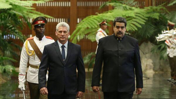 Miguel Díaz-Canel y su homólogo venezolano, Nicolás Maduro - Sputnik Mundo