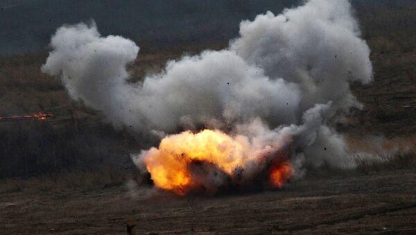 Disparo de un lanzallamas ruso Shmel - Sputnik Mundo