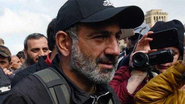 El diputado opositor Nikol Pashinián (archivo) - Sputnik Mundo