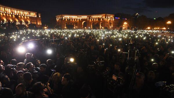 Demonstraciones en Ereván, Armenia - Sputnik Mundo