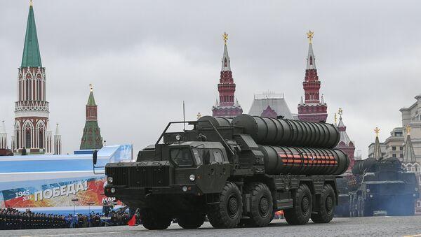 S-400 Triumf ruso en la Plaza Roja de Moscú - Sputnik Mundo
