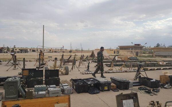 Las armas cedidas por los grupos armados en Al Qalamun Oriental en el marco del acuerdo de evacuación - Sputnik Mundo