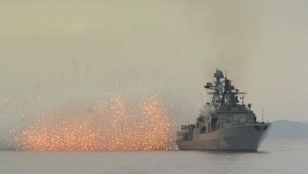 La Flota del Pacífico de Rusia efectúa maniobras en el mar de Japón - Sputnik Mundo
