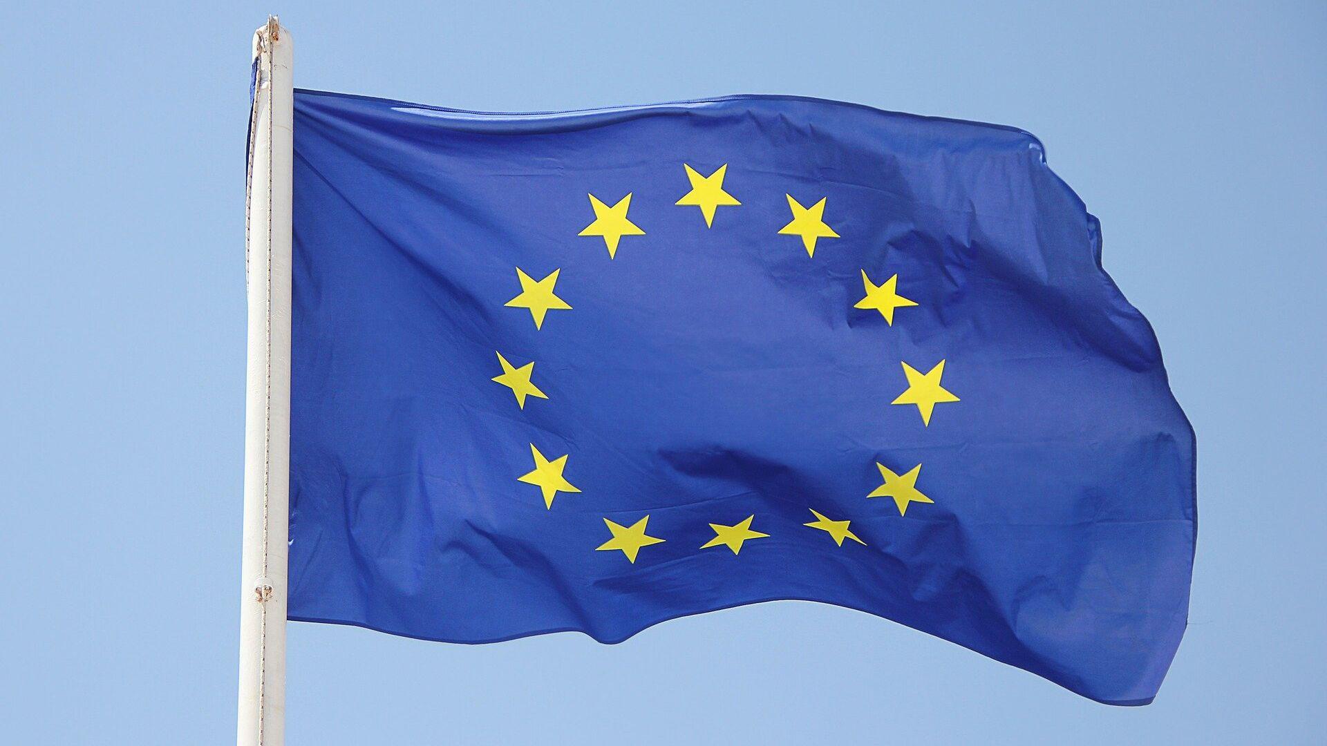Bandera de la UE - Sputnik Mundo, 1920, 15.02.2021