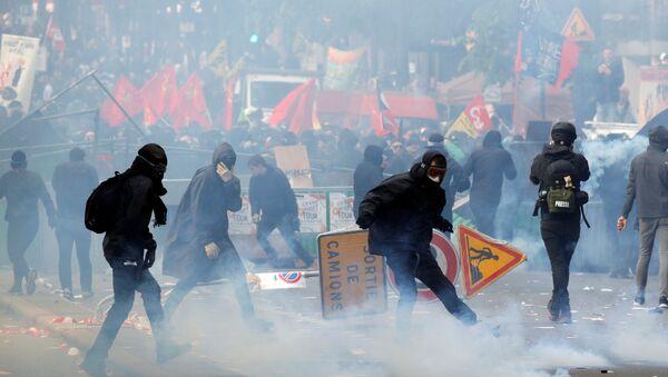 Manifestación en Francia en el Día de los Trabajadores - Sputnik Mundo