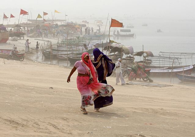 Una tormenta de polvo en la India