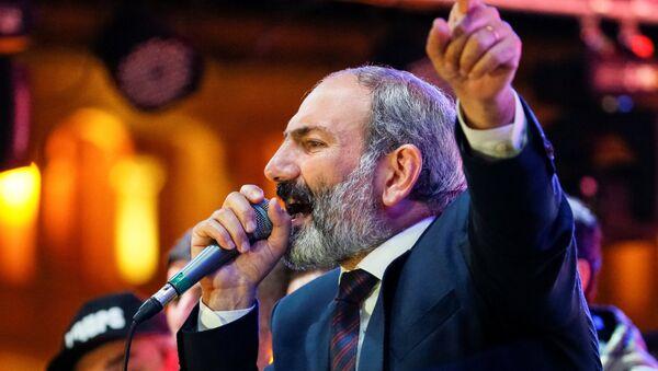 Nikol Pashinián, diputado opositor armenio - Sputnik Mundo