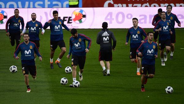 La selección de fútbol de España - Sputnik Mundo