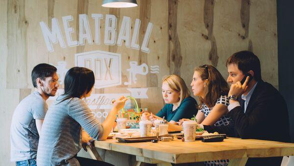 Restaurante Meatball Box - Sputnik Mundo