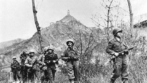 Soldados de la Fuerza Expedicionaria Brasileña (FEB), durante la segunda agresión de la batalla de Monte Castello el 29 de noviembre de 1944, cerca de Torre Corneta, Italia - Sputnik Mundo