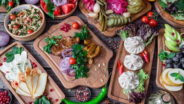 Platos en el restaurante Jachapuriya - Sputnik Mundo