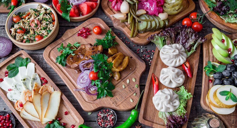 Platos en el restaurante Jachapuriya