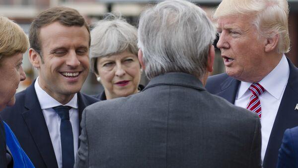 Líderes europeos se encuentran con Donald Trump en el marco del foro del G7 en Taormina (Italia), 26 de mayo de 2017 - Sputnik Mundo