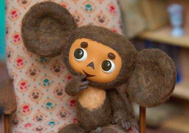Muñeca Cheburashka