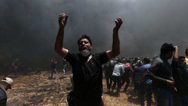 Los palestinos de la Franja de Gaza protestan contra el traslado de la Embajada de EEUU a Jerusalén - Sputnik Mundo