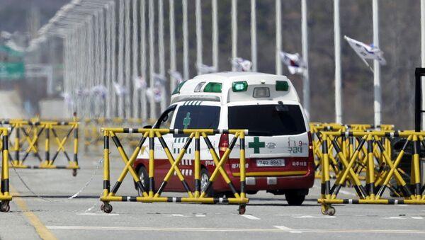 Ambulancia surcoreana - Sputnik Mundo