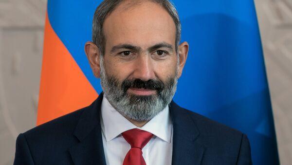 Nikol Pashinián, el nuevo primer ministro de Armenia - Sputnik Mundo