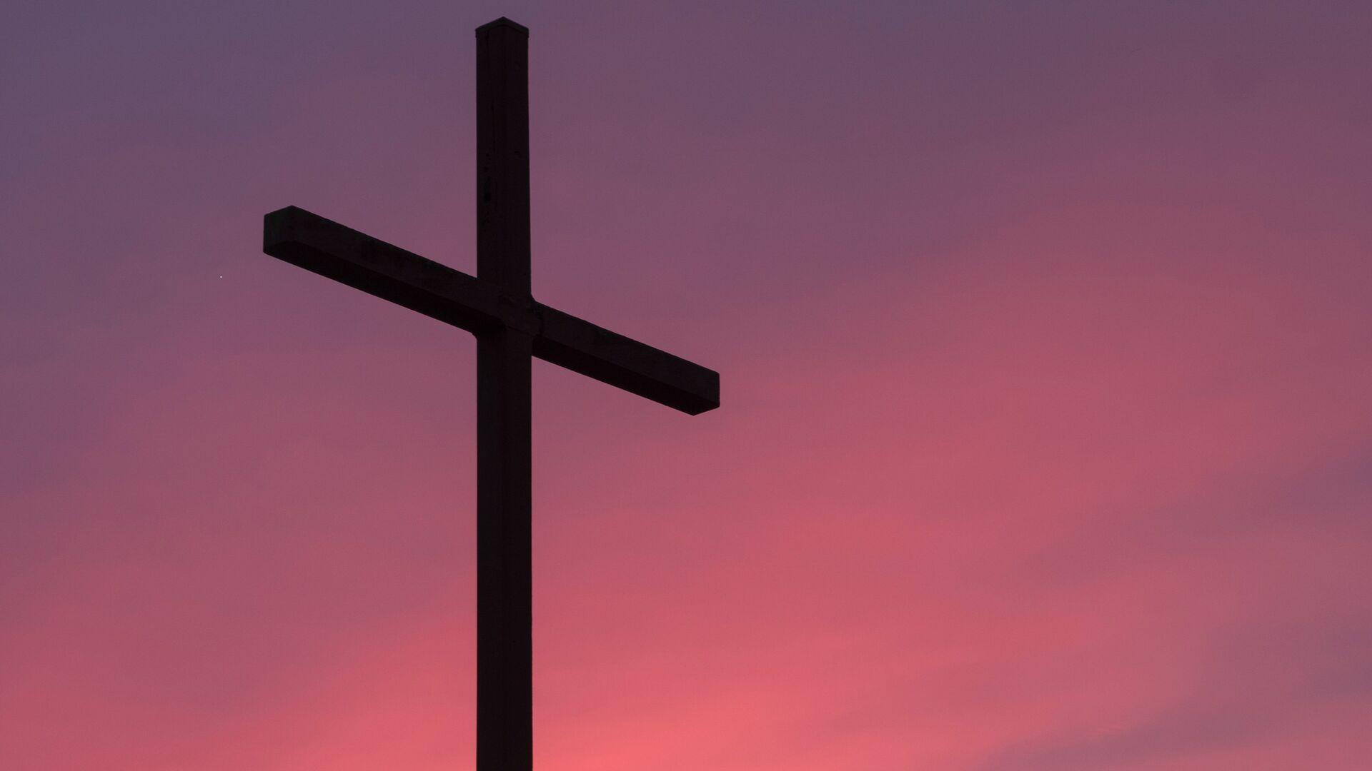 Una cruz (imagen referencial) - Sputnik Mundo, 1920, 22.09.2020