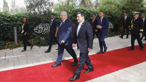 El presidente de Israel, Reuven Rivlin, y el presidente de Paraguay, Horacio Cartes, antes de la inauguración de la Embajada paraguaya en Jerusalén - Sputnik Mundo