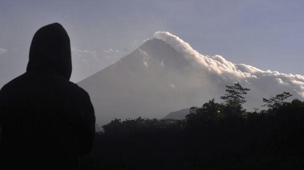 Monte Merapi en Indonesia  - Sputnik Mundo