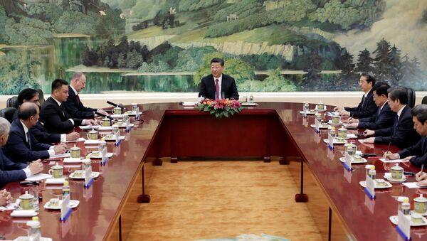 El presidente chino, Xi Jinping, en pleno discurso durante la reunión de la OCS - Sputnik Mundo