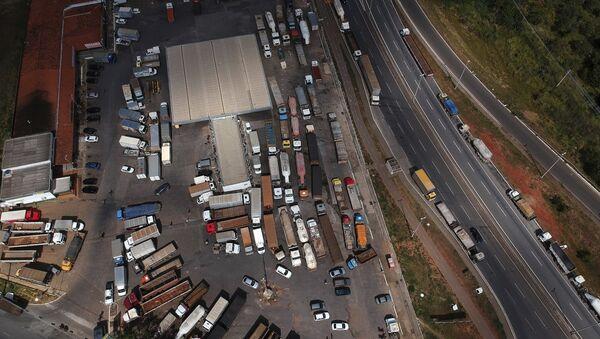 La huelga de camioneros de Brasil - Sputnik Mundo