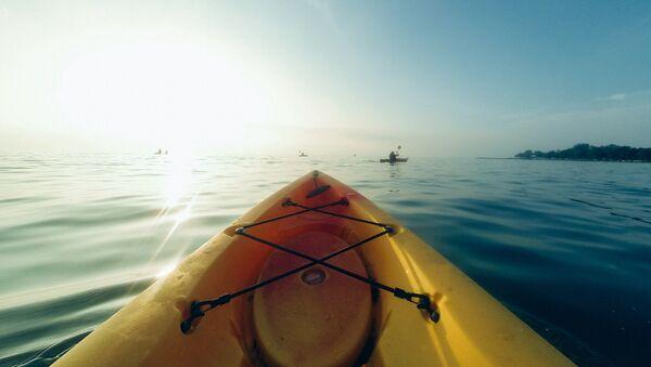 Kayak (imagen referencial) - Sputnik Mundo