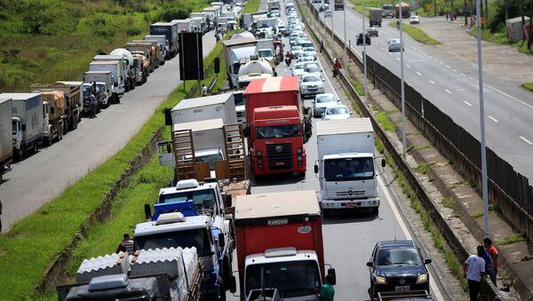 Huelga de camioneros en Brasil - Sputnik Mundo