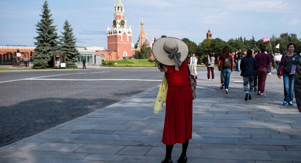 Turistas en el Kremlin de Moscú