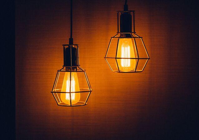 Lámparas eléctricas (imagen referencial)