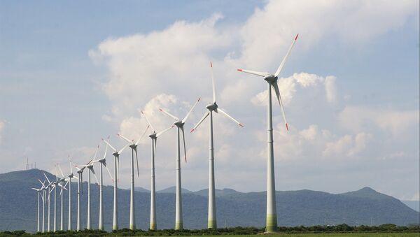 Un parque eólico (imagen referencial) - Sputnik Mundo