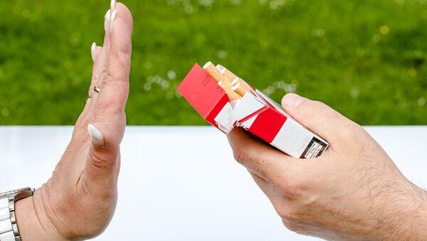 Lucha contra el tabaco (imagen referencial) - Sputnik Mundo