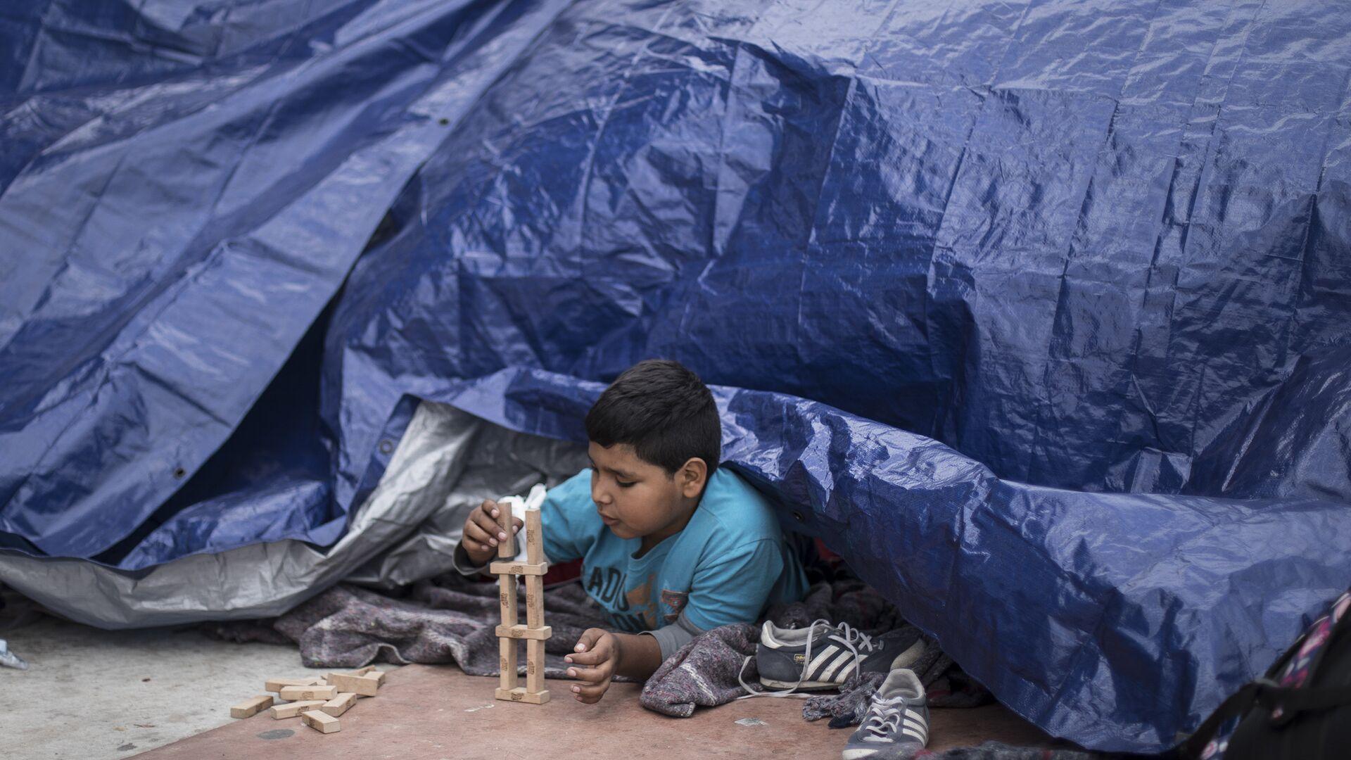 Niños migrantes en México - Sputnik Mundo, 1920, 23.03.2021