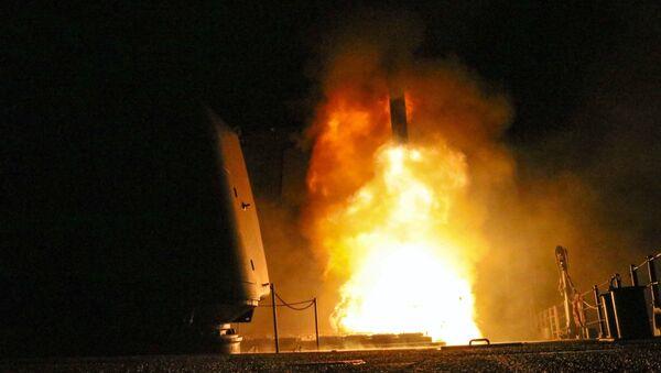 Lanzamiento de un misil Tomahawk - Sputnik Mundo
