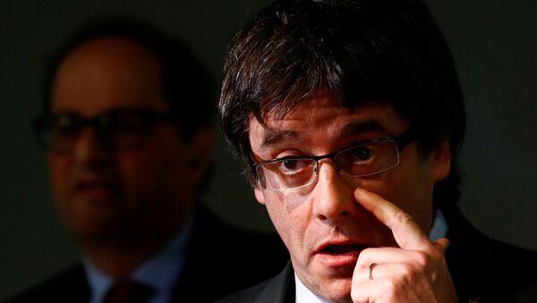 Carles Puigdemont, el expresidente de la Generalitat de Cataluña - Sputnik Mundo