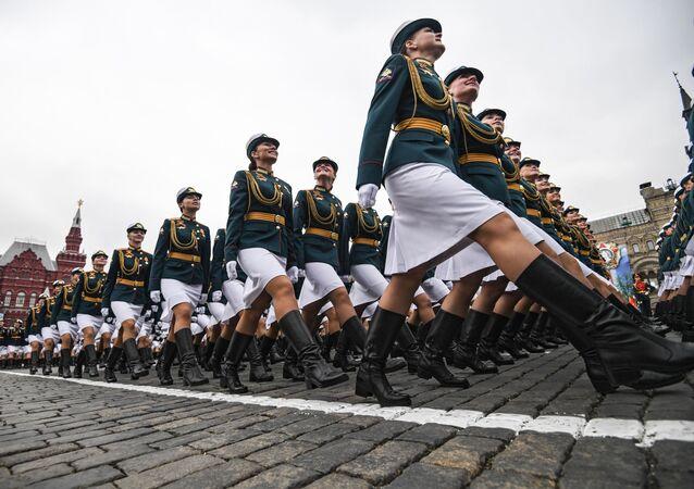 Ensayo general del Desfile de la Victoria en la Plaza Roja de Moscú.