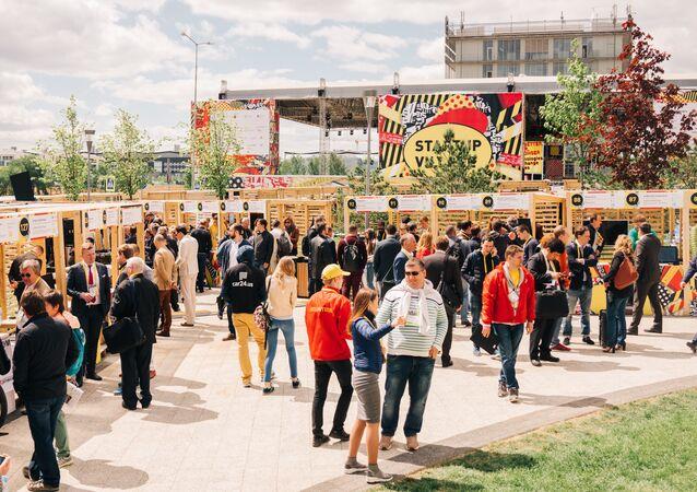 Los participantes de Startup Village en Skolkovo el 31 de mayo 2018