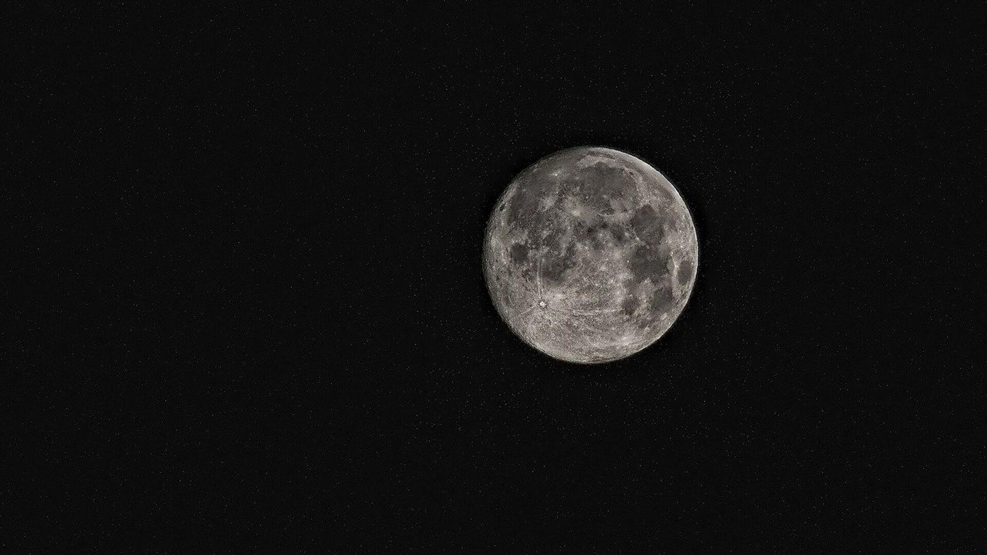 La Luna (imagen referencial) - Sputnik Mundo, 1920, 26.05.2021