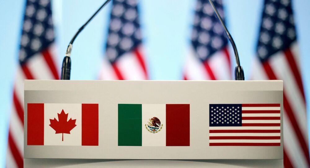 Las banderas de Canadá, México y EEUU (imagen referencial)