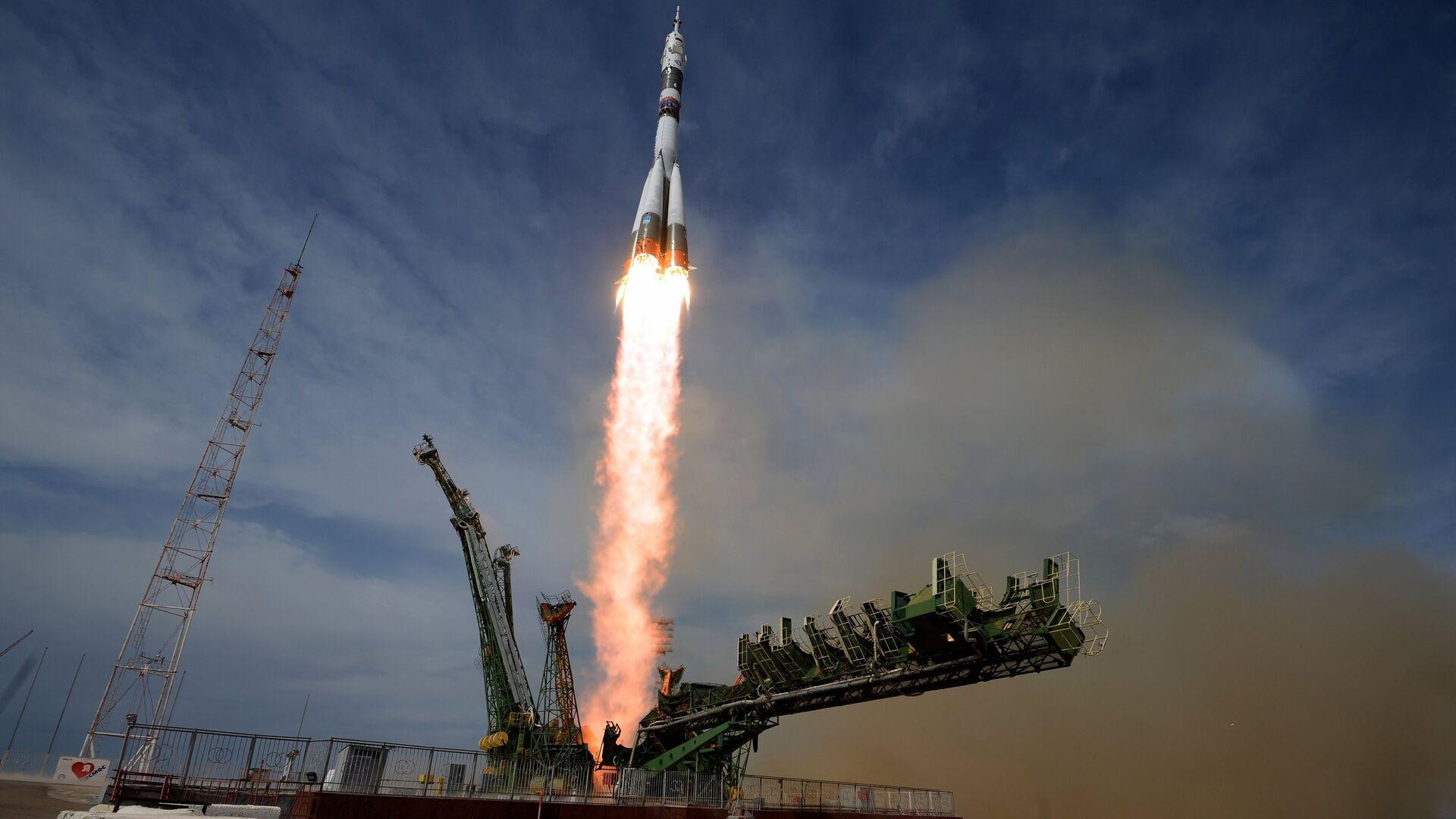 Lanzamiento del cohete Soyuz en el cosmódromo Baikonur (archivo) - Sputnik Mundo, 1920, 12.04.2021