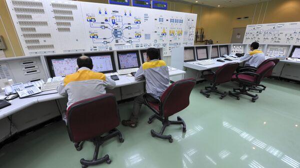 Una planta nuclear iraní, foto de archivo - Sputnik Mundo