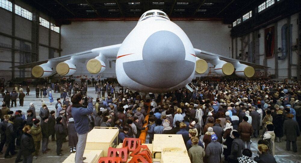 Antonov An-225, el avión más grande del mundo (archivo)