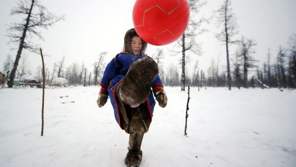 El espíritu del Mundial en el Extremo Norte de Rusia - Sputnik Mundo